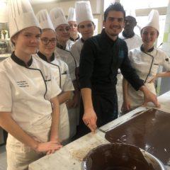 La belle bûche des CAP Pâtisserie avec Jérôme Ponthonier